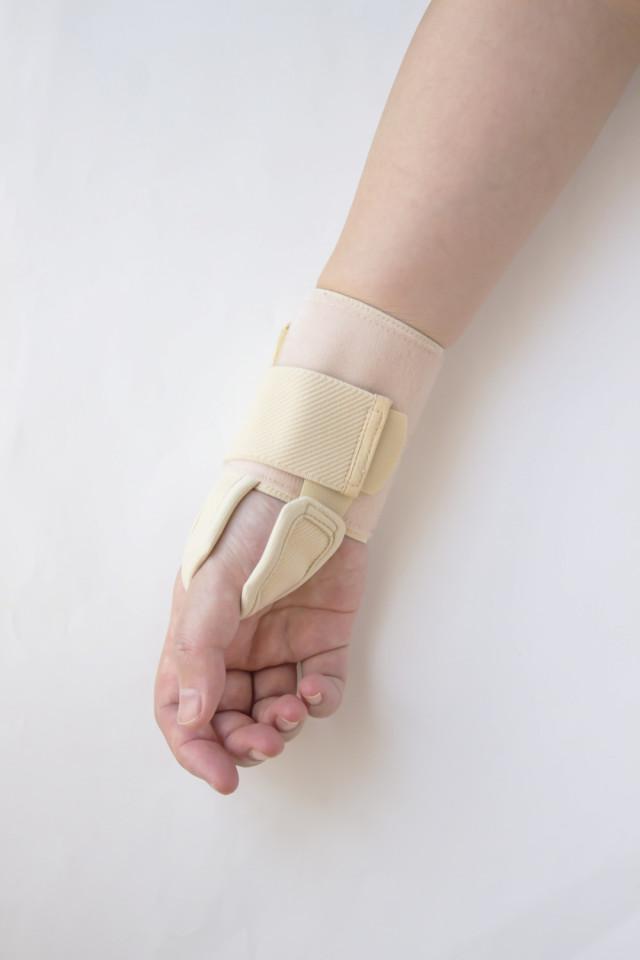 バネ指の仕組み